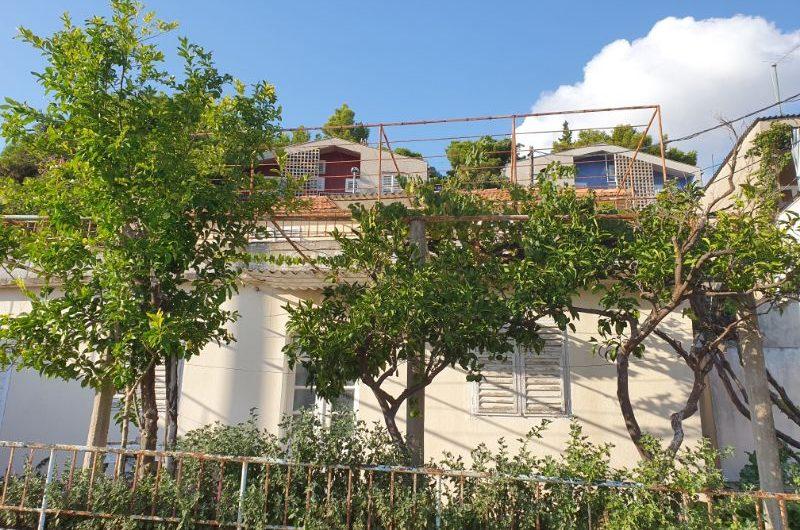 Zaostrog samostojeća kuća blizu mora