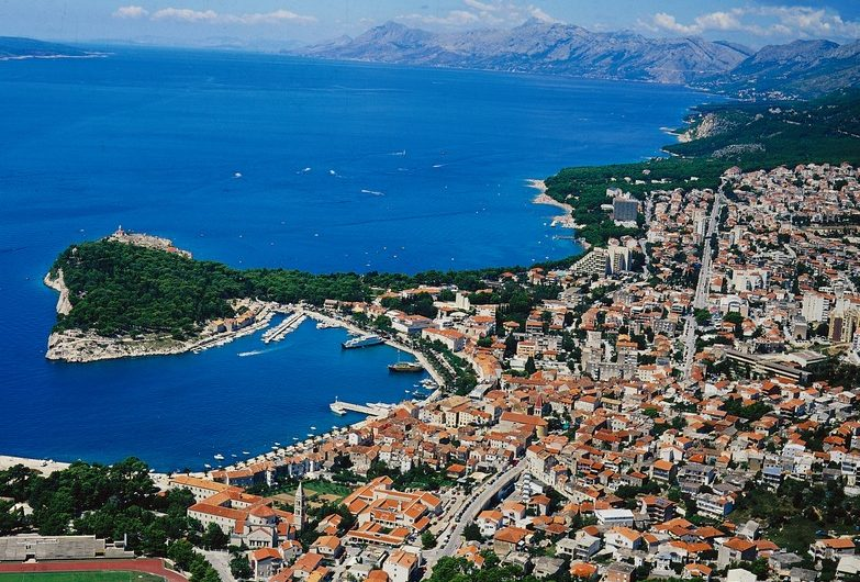 Makarska, zemljište s panoramskim pogledom Veliko brdo