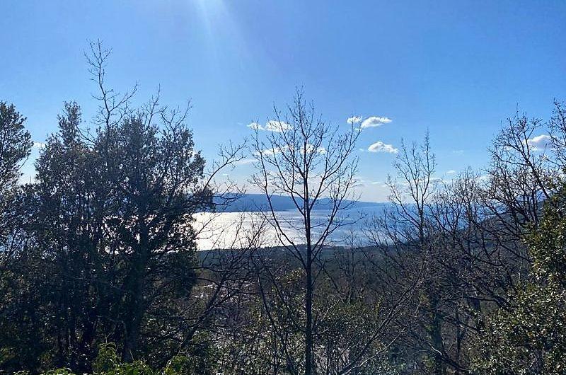 Bast zemljište 812m2 s pogledom na more